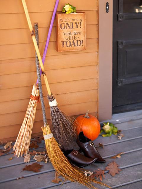 Decoracion Oficina Halloween ~ Decorar las paredes con murales de cartulina y guirnaldas